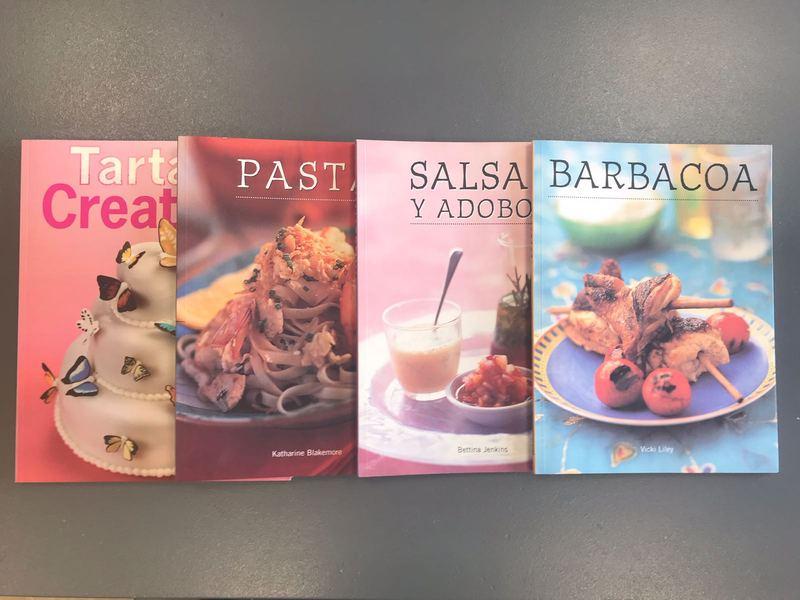 Aquests són els llibres de cuina que enviem.