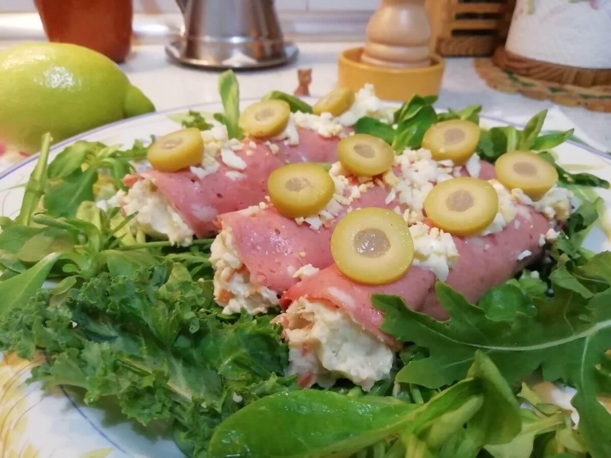 receta de rollitos de mortaleda lyon y ensaladilla murciana